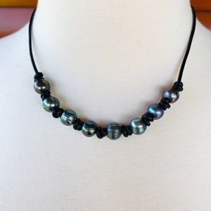 Jewelry - Black freshwater pearl and leather choker necklace
